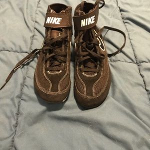 Youth Size 4 Nike wrestling shoes